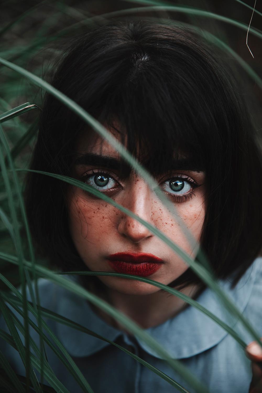 Глаза веснушек Freckled Eyes