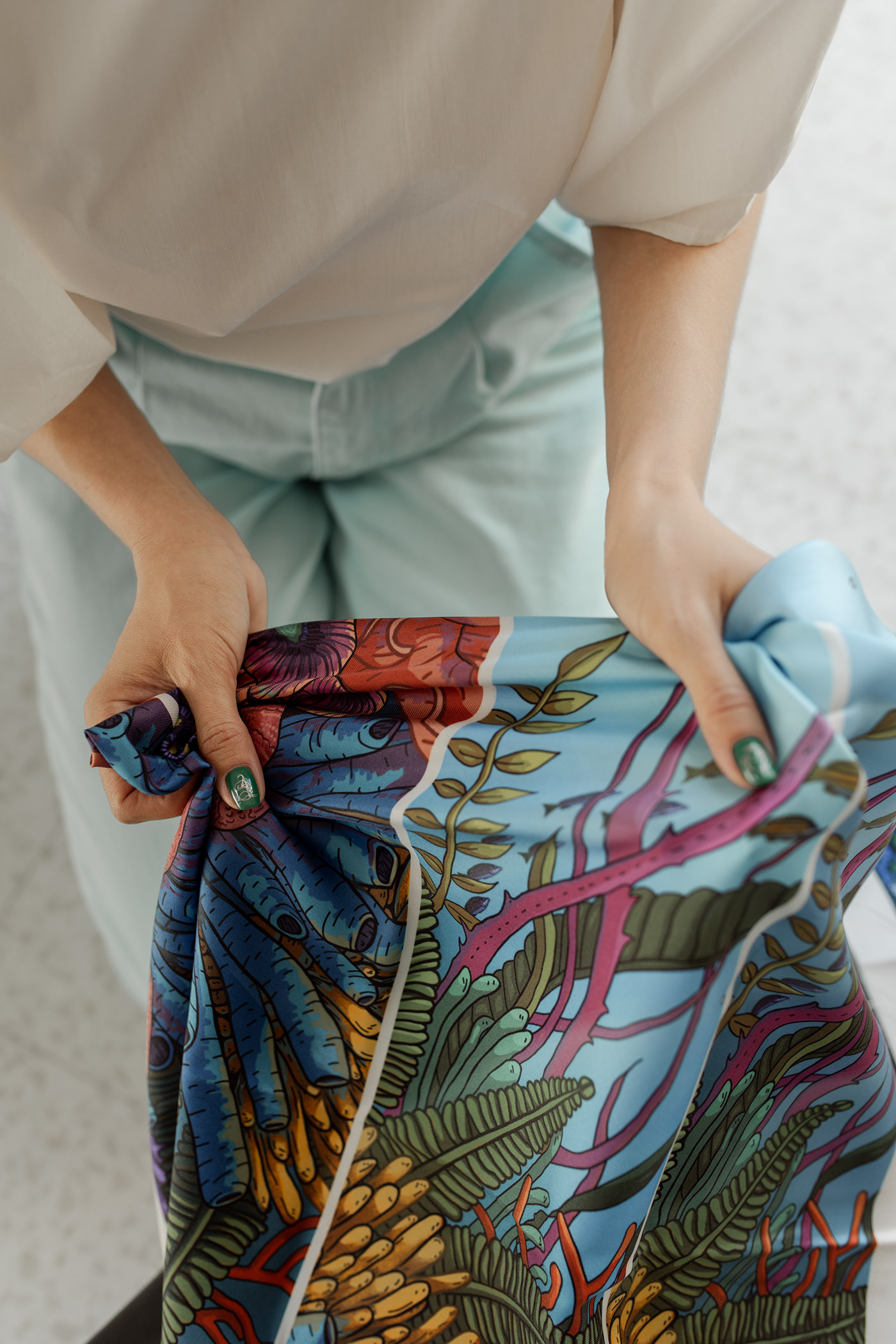 Lookbook for Silk Says