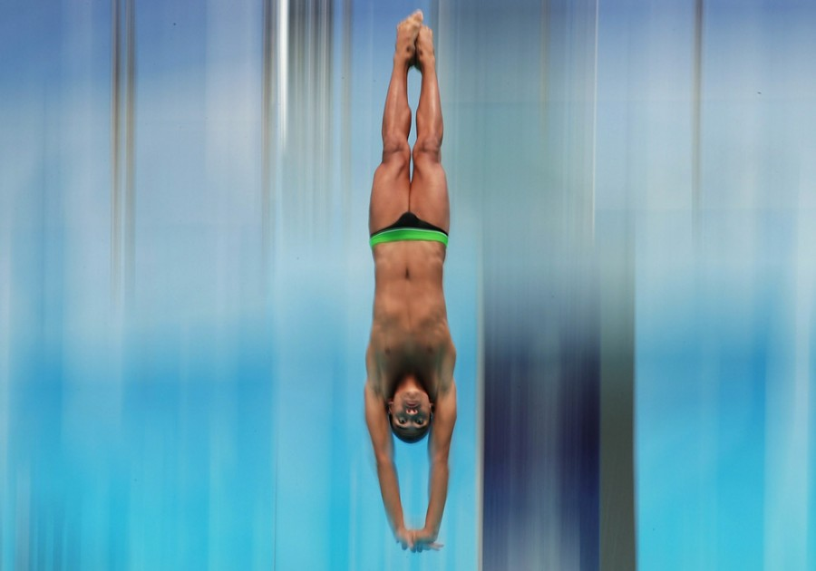 Diving-in_-15