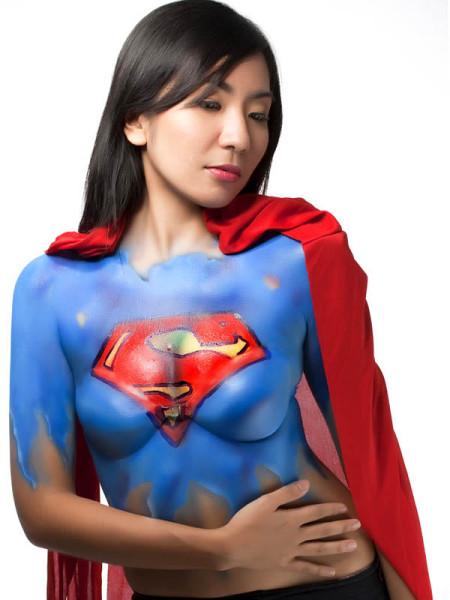 supergirl-body-paint-2