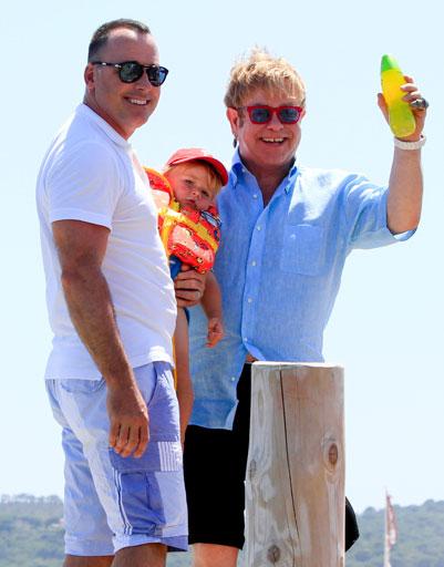 Элтон Джон (Elton John) и Дэвид Ферниш (David Furnish)