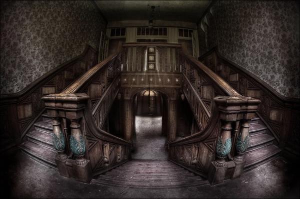 abandoned_01922_007
