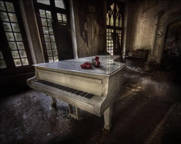 abandoned_01922_014