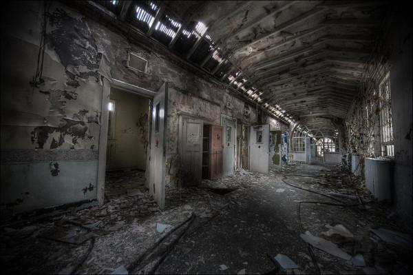 abandoned_01922_022