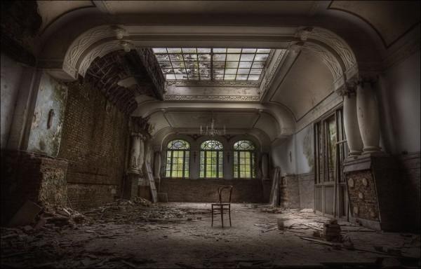 abandoned_01922_027