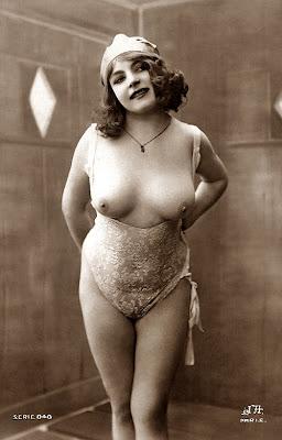 Fernande_(vintage_nude_photo)_2