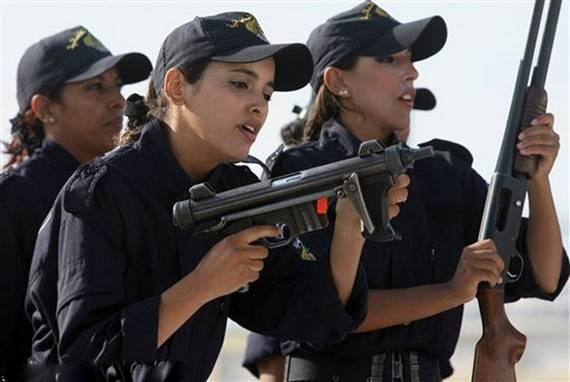 sexy-military-women-around-the-world01