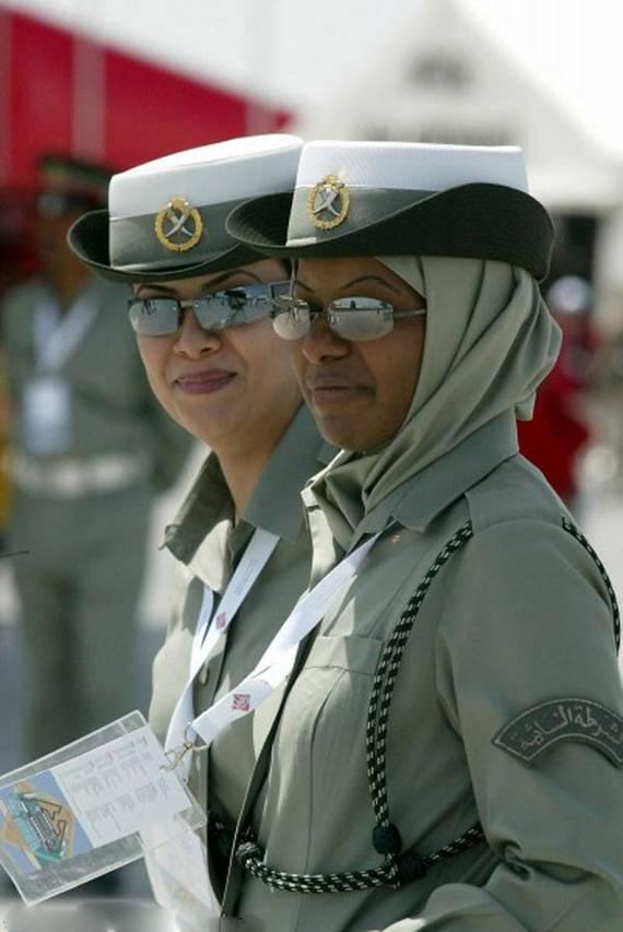 sexy-military-women-around-the-world04