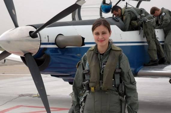 sexy-military-women-around-the-world11