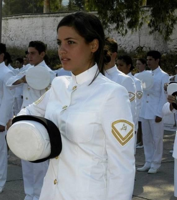 sexy-military-women-around-the-world16