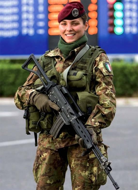 sexy-military-women-around-the-world22