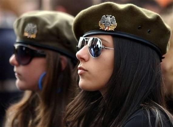 sexy-military-women-around-the-world25