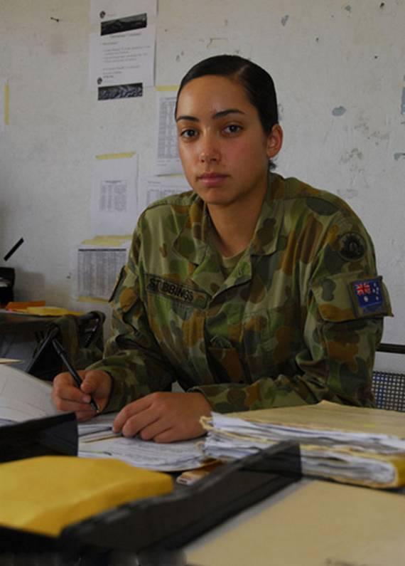 sexy-military-women-around-the-world29