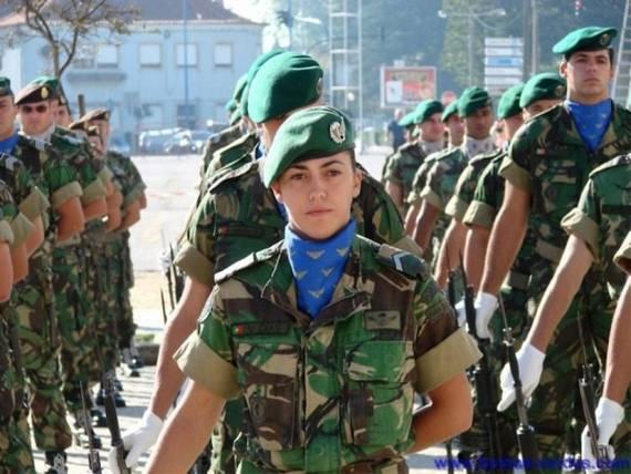 sexy-military-women-around-the-world35