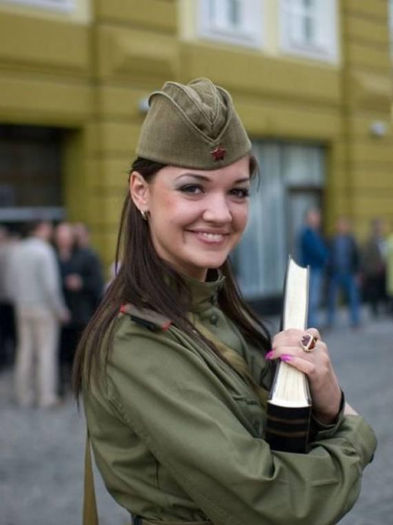 sexy-military-women-around-the-world37
