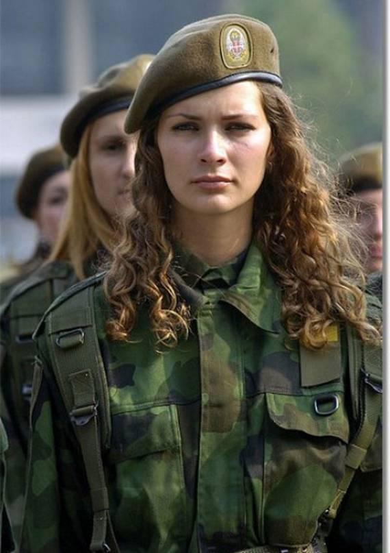 sexy-military-women-around-the-world38