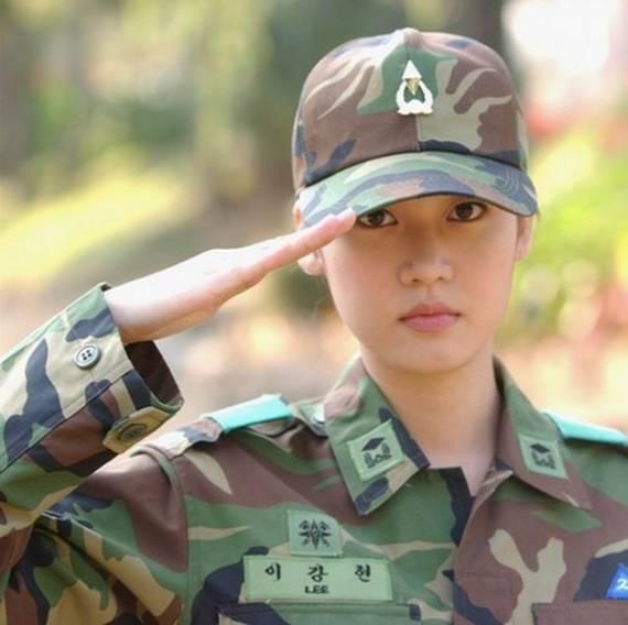 sexy-military-women-around-the-world39