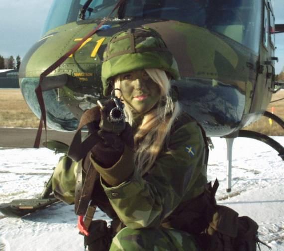 sexy-military-women-around-the-world41