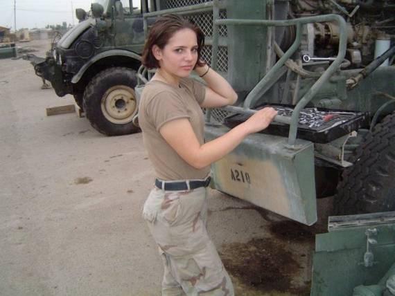 sexy-military-women-around-the-world47