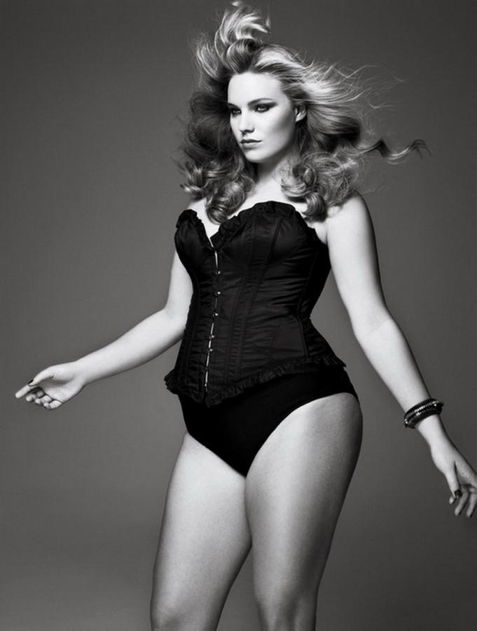 Ґолые толстые женщины 19 фотография