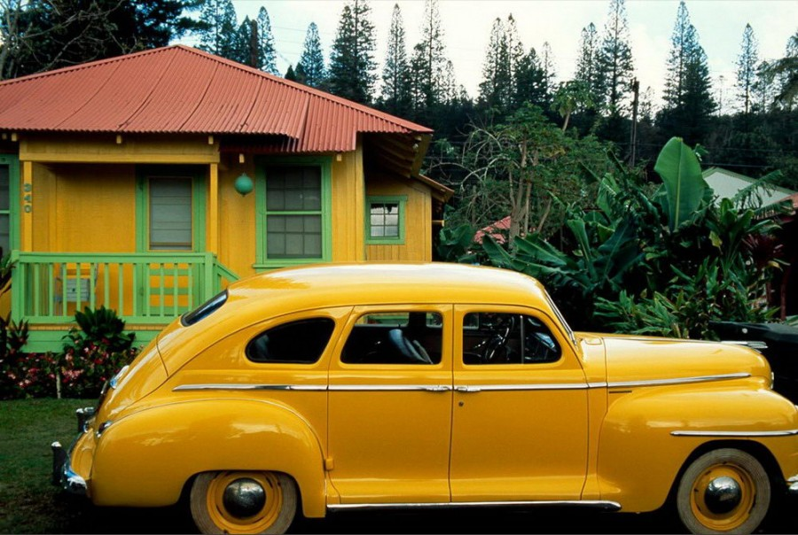 Color_yellow_1