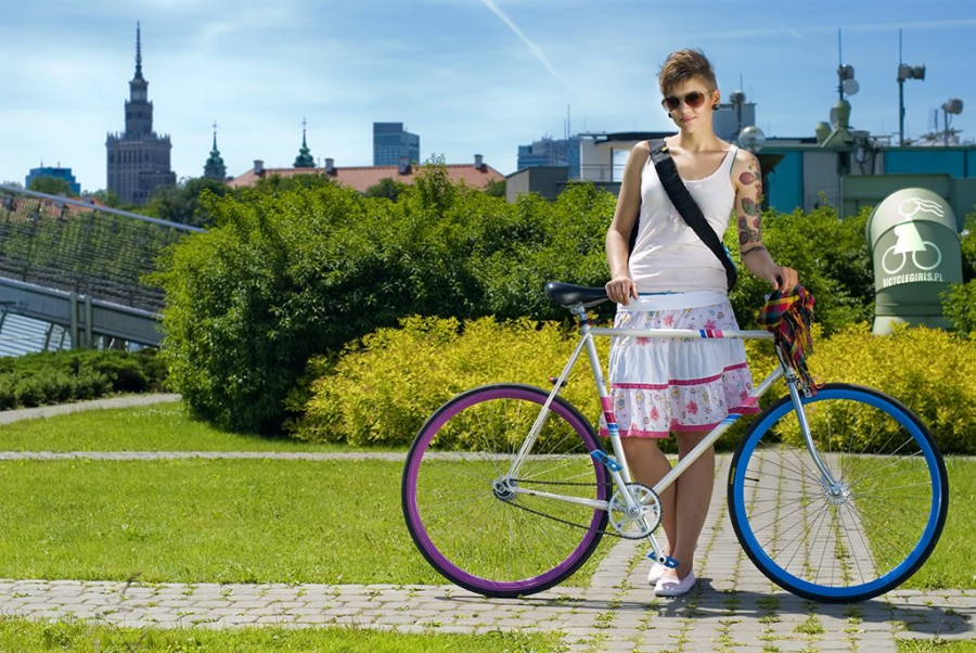 polish-girls-on-bikes-2