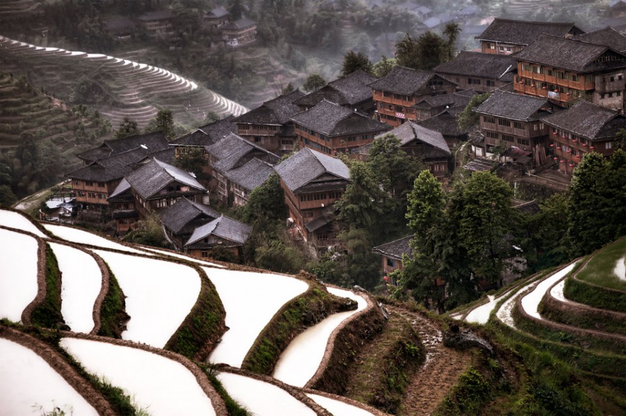 3hidden-mountain-village-in-china