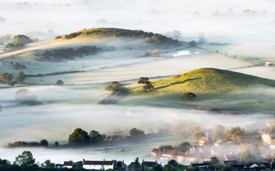4mist-over-countryside-england