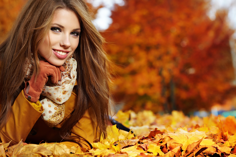 Рыжие девушки в пальто 7 фотография