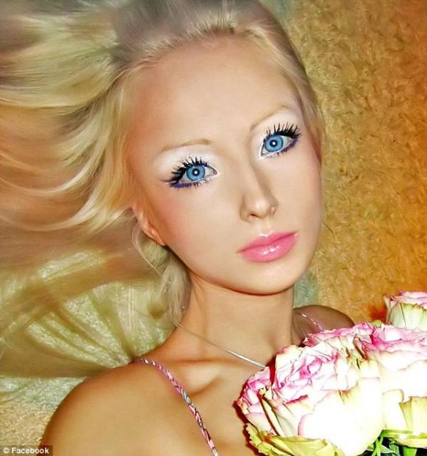 Барби Валерия Лукьянова на самом деле не такая уж и Барби. Разоблачение.