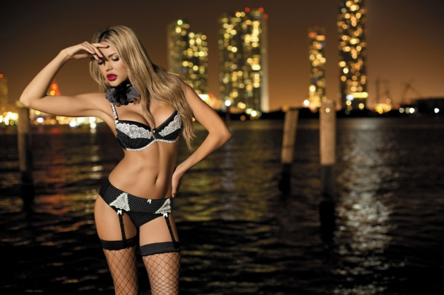 Tetyana-Veryovkina-Kinga-lingerie-111-1024x682