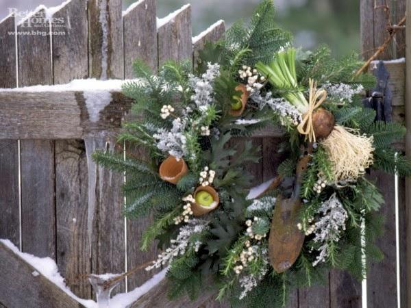 17-Mistletoe-wreath-600x450
