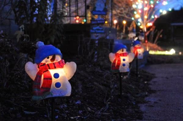 23-Snowmen-lights-600x398