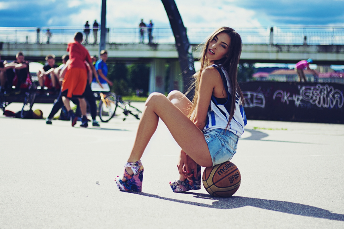 Grėtė Raudytė by Evie Parazite for First religion / basketball