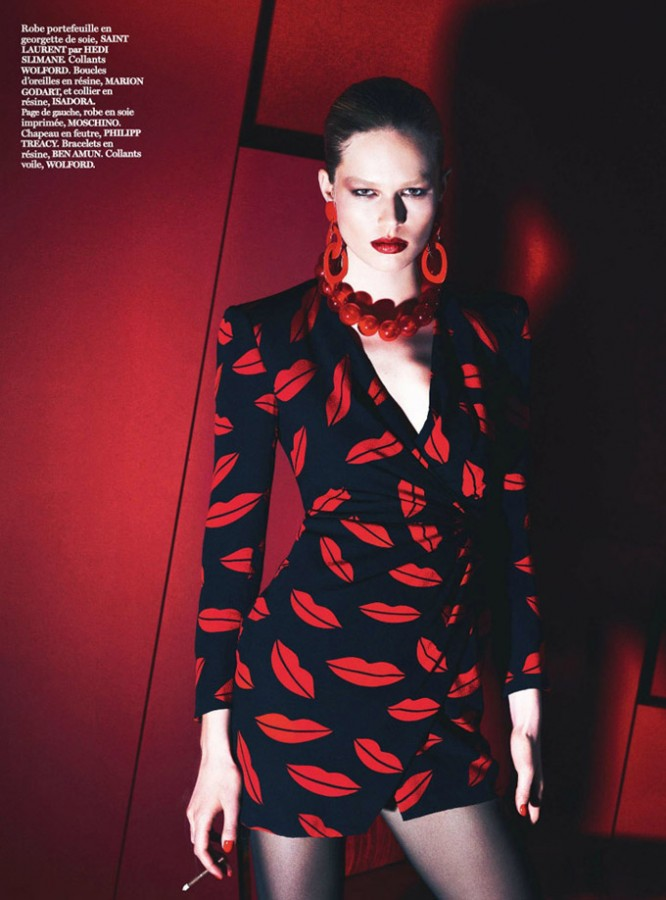Lara-Stone-Vogue-Paris-Mert-Marcus-08
