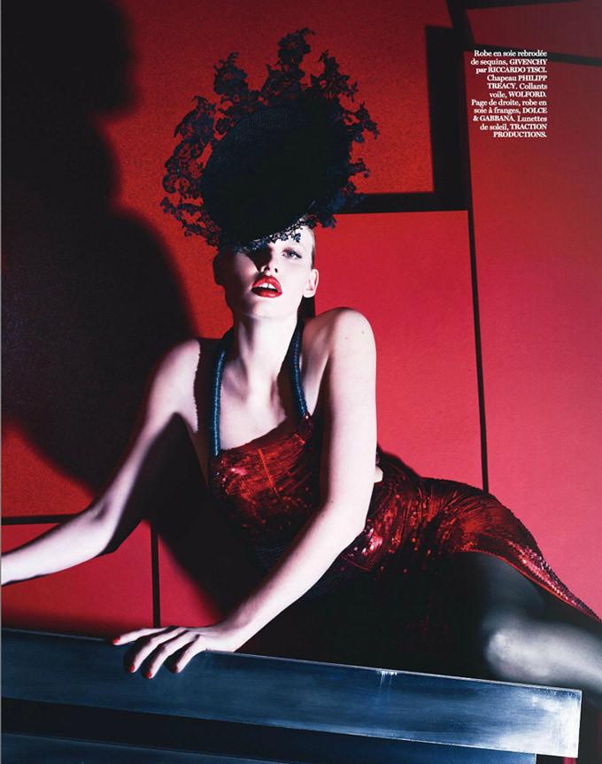Lara-Stone-Vogue-Paris-Mert-Marcus-11