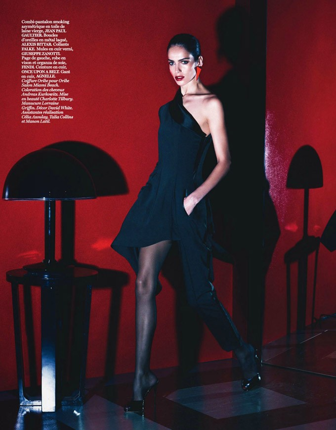 Lara-Stone-Vogue-Paris-Mert-Marcus-17