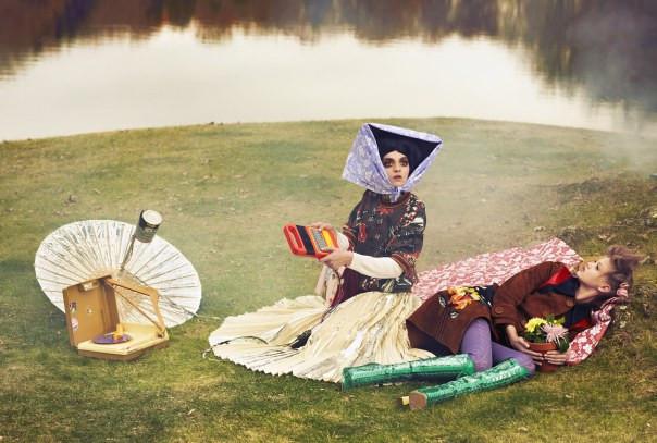 lindsey-wixson-magda-laguinge-by-sebastian-faena-for-cr-fashion-book-4-spring-summer-2014-4