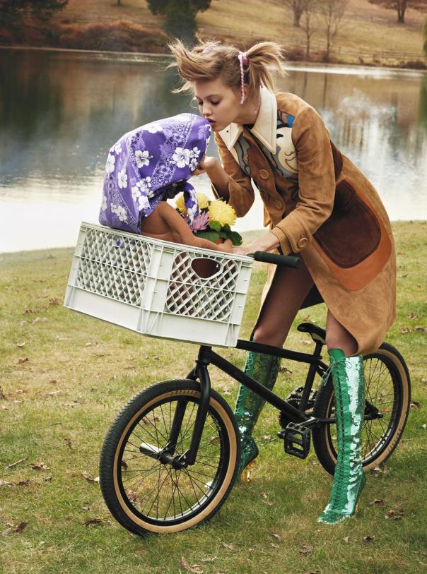 lindsey-wixson-magda-laguinge-by-sebastian-faena-for-cr-fashion-book-4-spring-summer-2014-10