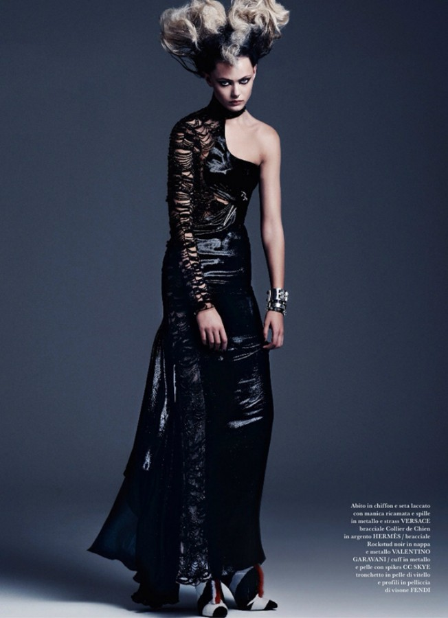 frida-gustavsson-by-steven-pan-for-flair-magazine-issue-6-9