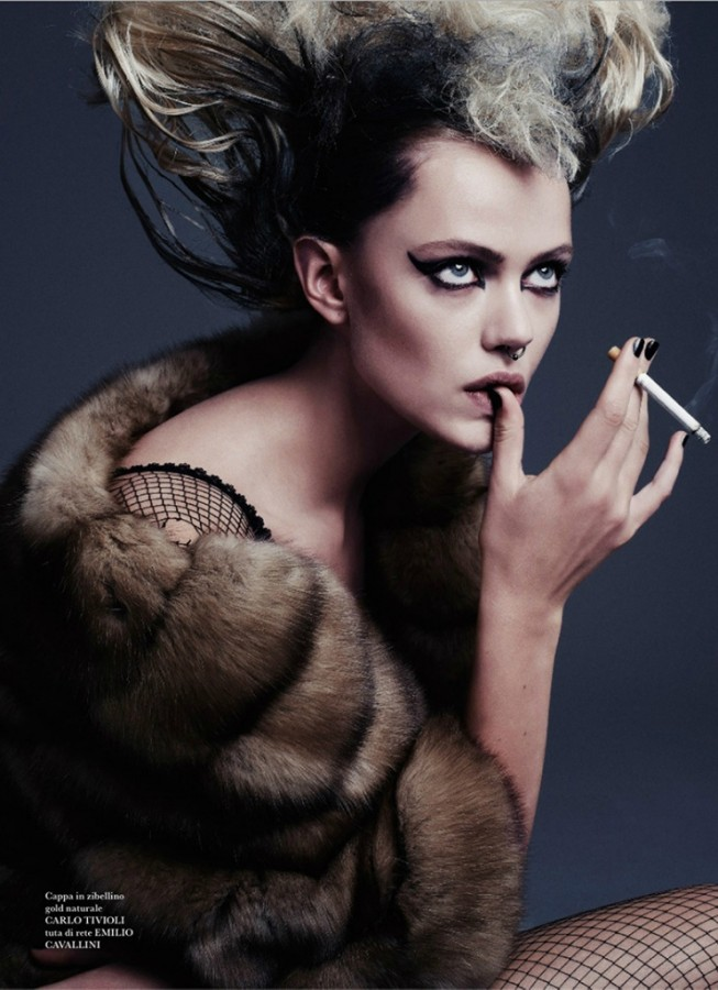 frida-gustavsson-by-steven-pan-for-flair-magazine-issue-6-11