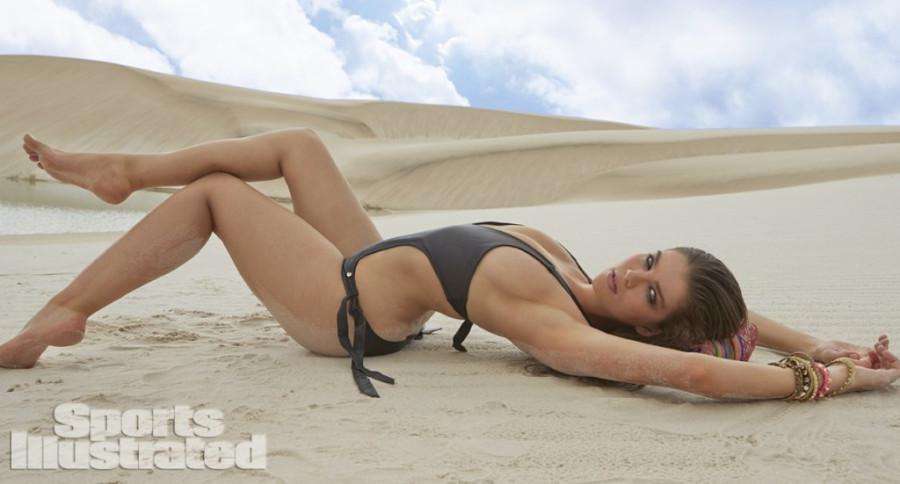Natasha-Barnard-Sports-Illustrated-swimsuit-2014-10