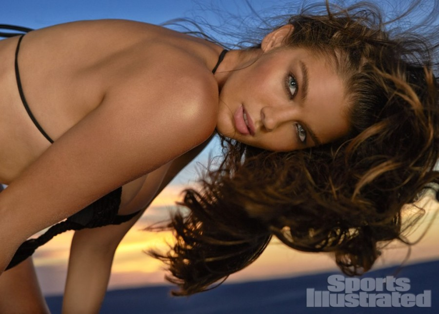 Natasha-Barnard-Sports-Illustrated-swimsuit-2014-14