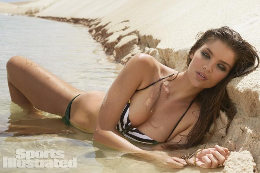 Natasha-Barnard-Sports-Illustrated-swimsuit-2014-23
