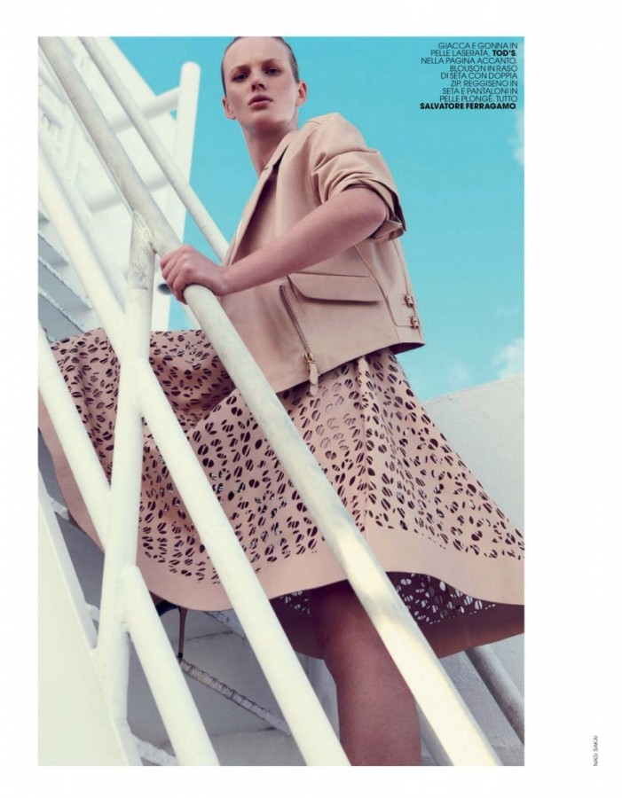 Anne-Vyalitsyna-for-Marie-Claire-Italia-April-2014-3