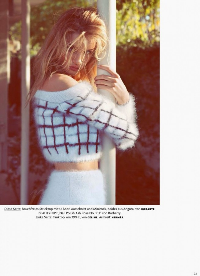 Rosie-Huntington-Whiteley-for-Vogue-Germany-1-743x1024