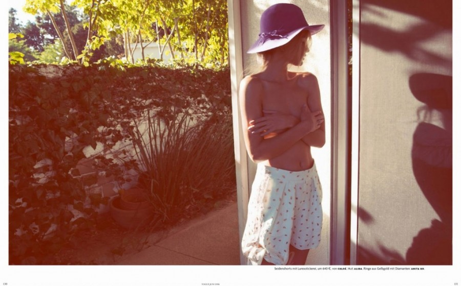 Rosie-Huntington-Whiteley-for-Vogue-Germany-6-1024x638