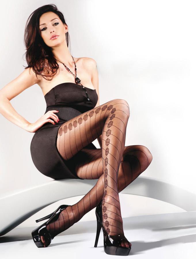 Kate-Sajur-Gabriella-Legwear-1
