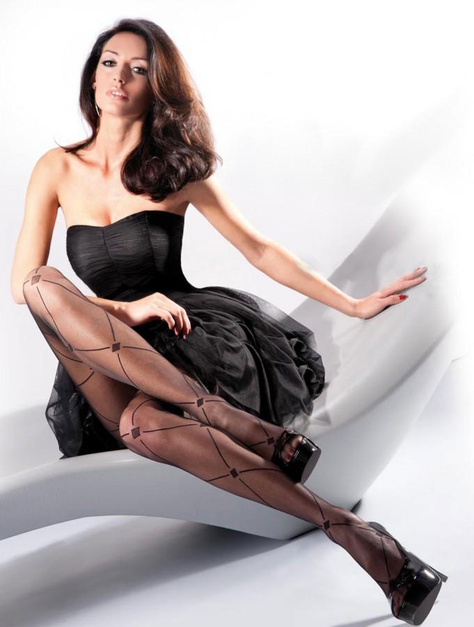 Kate-Sajur-Gabriella-Legwear-3