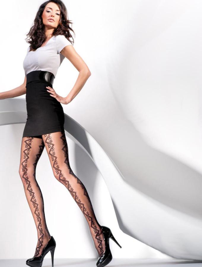 Kate-Sajur-Gabriella-Legwear-9-775x1024
